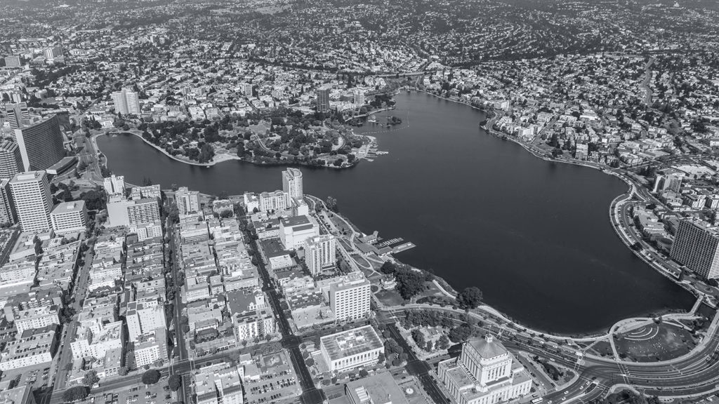 aerial view of Lake Merritt in Oakland, CA, home of the East Bay WordPress Meetup